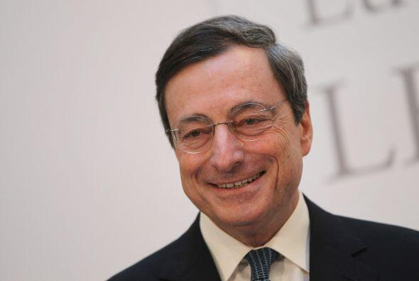 3. Mario Draghi, presidente del Banco Central Europeo, obtuvo el puesto...