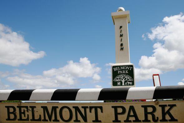 El Belmont Park se vistió de fiesta para la tercera carrera de la Triple...
