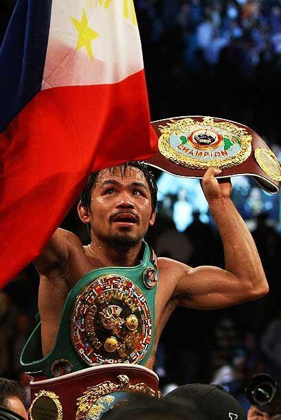 Manny Pacquiao se coronó campeón welter OMB y también se ciñó el primer...