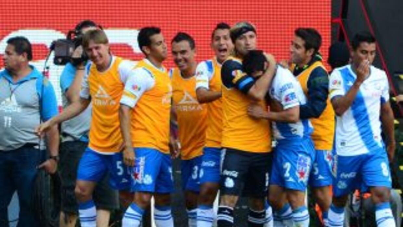 Puebla goleó 4 - 2 a Chivas en el último partido de la jornada 6 de la L...
