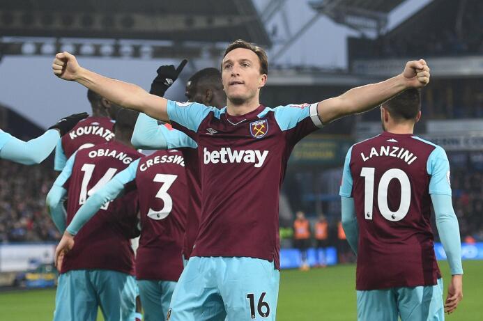 No extrañan a 'Chicharito': West Ham United goleó de visitante con el me...