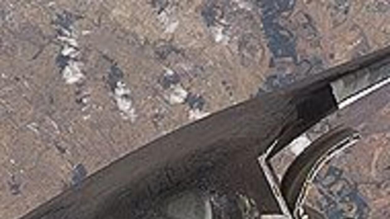 El transbordador Discovery se acopló a la Estación Espacial Internaciona...
