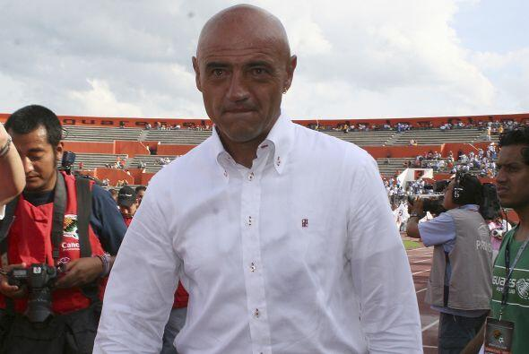 José Luis Sánchez Solá también podría integrarse a la lista, y no por de...
