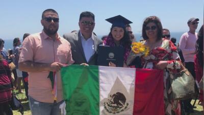 Esta hispana se gradúa con honores de universidad de California y obtiene prestigiosa beca