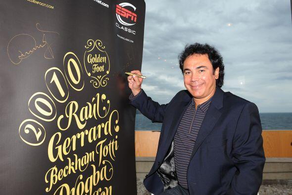 Hugo Sánchez estuvo presente en el evento llamado 'Golden Foot Preview'.