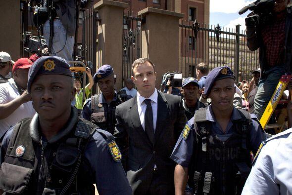 Octubre 21 - Oscar Pistorius es sentenciado. El atleta sudafricano fue c...