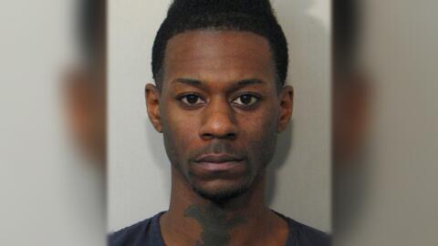 Terrell Derrick Funches, de 20 años, está preso y enfrenta...