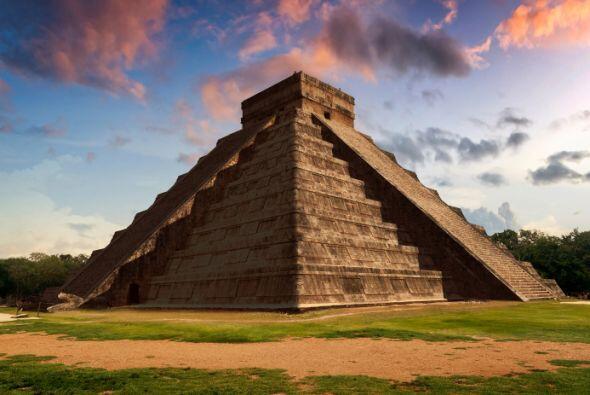 CHICHEN ITZA Los Mayas eran unos maestros de la astrología. Tanto así q...