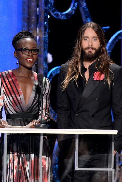 Se comportaron de lo más serios al presentar el premio a Mejor Actor en...