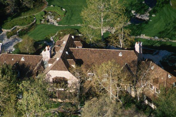 En vida, Jackson tuvo qué vender esta propiedad por aprietos económicos...