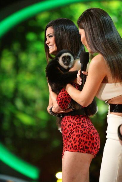 Las chicas jugaron a ser valientes cuando descubrieron el animal con el...