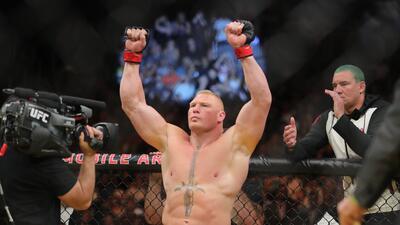 Brock Lesnar, Caín Velásquez y Amanda Nunes ganaron en la UFC 200. Mira las mejores fotos.