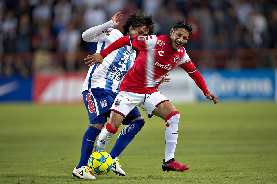 Suspenden a Mauricio Pinilla por insultar y golpear a árbitro 20170225_7...