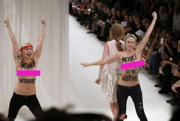 La poco convencional forma de manifestarse de las activistas feministas...