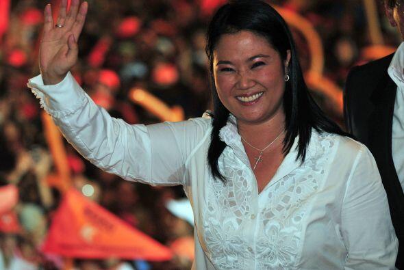 En su cierre de campaña, Fujimori prometió que trabajará 'por los más po...