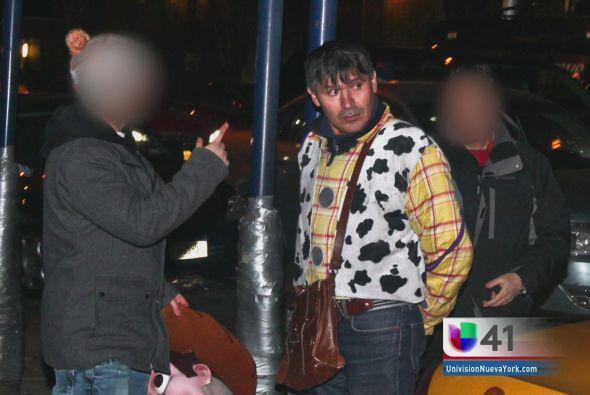 Visitantes captaron las imágenes de su arresto y rápido la...