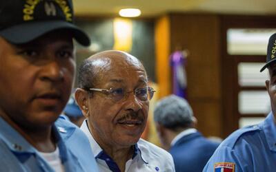 Ordenan prisión preventiva para el ministro dominicano de Industria y Co...
