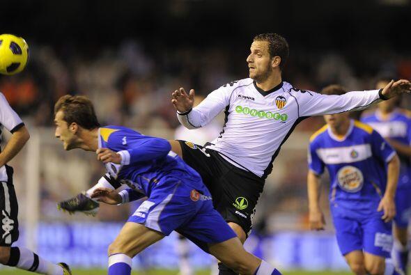 El goleador Roberto Soldado enfrentó a su ex equipo ahora en el bando 'n...
