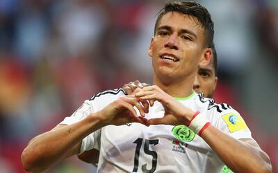 Héctor Moreno se entrenó con normalidad y jugaría desde el arranque ante...