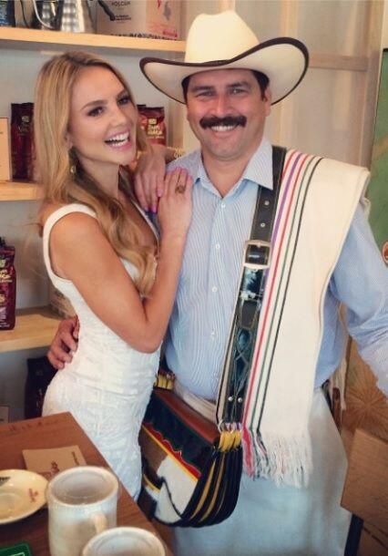 """""""¡ES VERDAD! El mejor café a llegado a Miami desde Colombia #JuanValdezM..."""