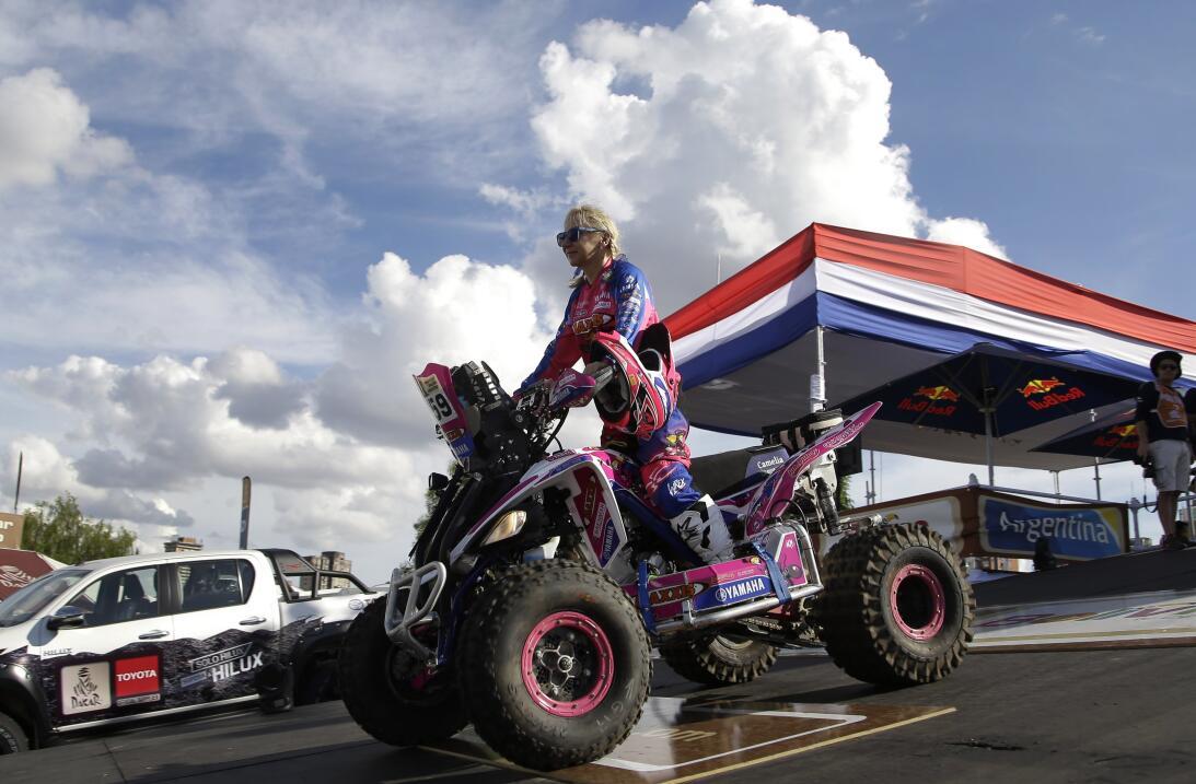 Así fue el comienzo del Rally Dakar en Paraguay AP_17002023430572.jpg