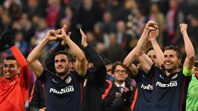 Los jugadores del Atlético celebran su segunda final en 3 años.