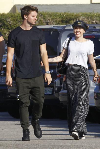 Una de las parejas que se formó en el otoño de este 2014 fue la de Miley...