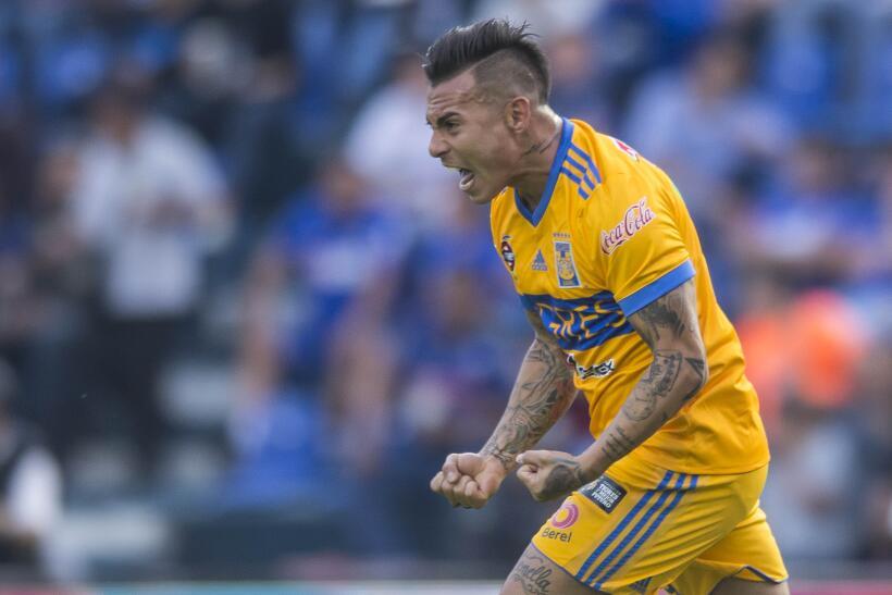Chivas vence a Tijuana y busca cerrar el Apertura'17 con dignidad portad...