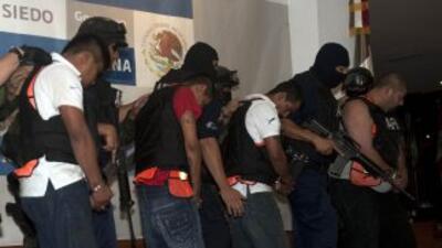 El grupo de hackers Anonymus, amenazó al cártel de Los Zetas si no liber...