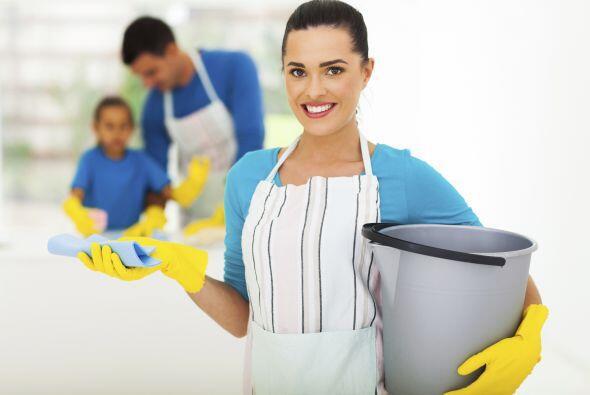 Cuida tus muebles. ¿Tus niños son expertos en tirar vasos? Aplícale una...