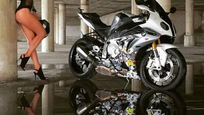 Se coronó como 'reina de  las motos', pero su afición al riesgo le acabó costando la vida