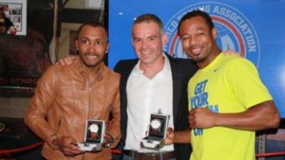 'Chemito' Moreno y Shane Mosley reconocidos por la AMB (Foto: AMB)
