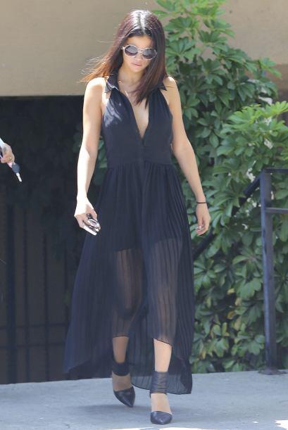 La cantante fue vista en la ciudad de Los Ángeles, luciendo un tremendo...