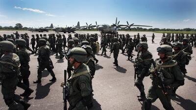 Miembros de las fuerzas armadas de Venezuela.