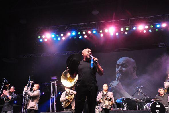 Lupillo Rivera en Fiestas Patrias 2012