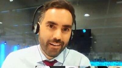 El periodista Enrique Acevedo, copresentador del noticiero Edición Noctu...