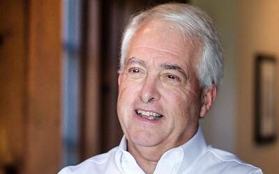 John Cox, de 62 años, candidato republicano para gobernador de Ca...