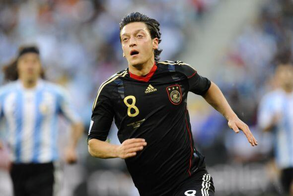 Tuvo grandes encuentros con los alemanes, como el de Cuartos de Final an...
