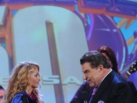 Paulina Rubio reapareció en los escenarios, tras haberse converti...