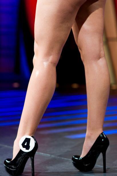 Su nombre es Ana Foubert, quien cuida sus piernas con dieta y ejercicio.