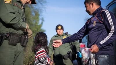 Aumentan 300% las detenciones de familias en la frontera en lo que va del año fiscal 2019