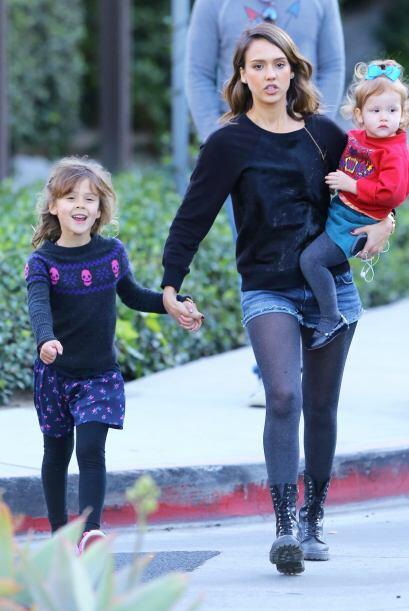 ¡Jessica Alba tiene una familia mega 'fashionista'! Se nota que ha hered...
