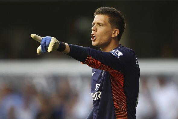 Quien con su valiosa actuación, el Arsenal obtuvo otro gran triunfo de 3...