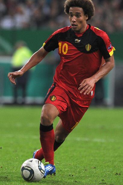 El belga Axel Witsel ha alcanzado un alto nivel de juego con su llegada...