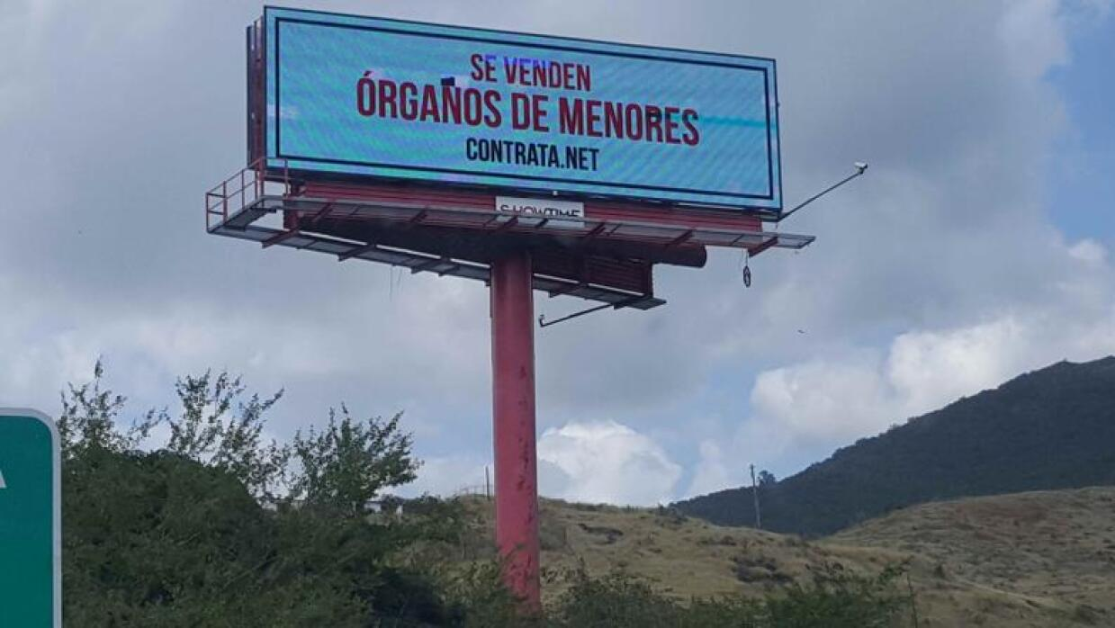 Billboard trata humana puerto rico