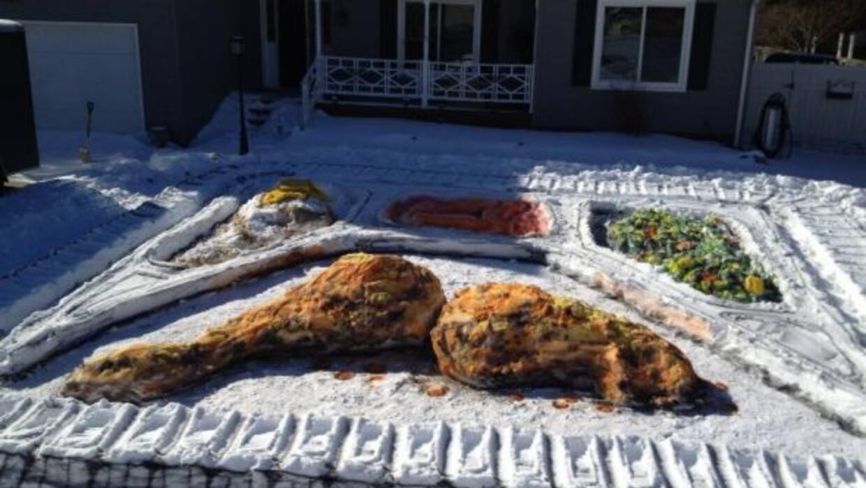 """Un artista en Virginia transformó la nive acumulada en su patio en una """"..."""