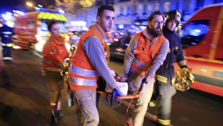 Evacuación de la sala Bataclan, en París