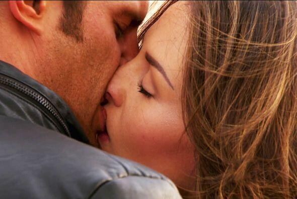 Sí, tal vez un beso muy cariñoso lo anime.
