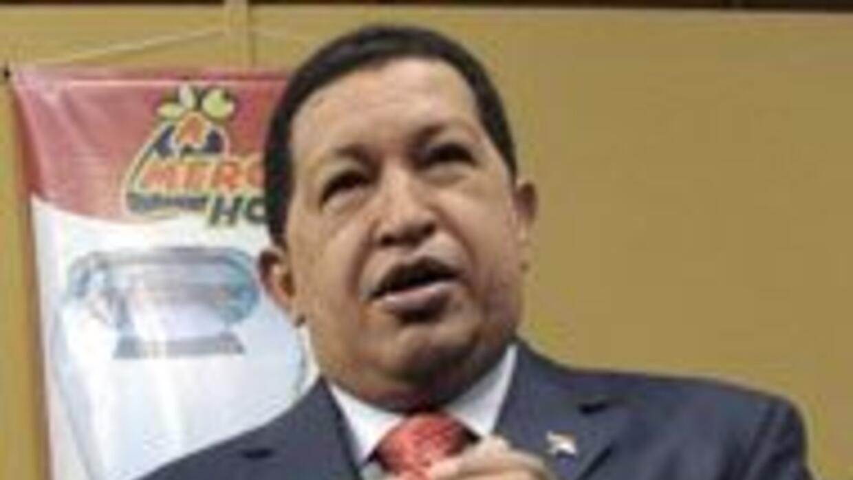 Hugo Chávez dijo que no le extrañaría que EU lo ligara al lavado de dine...