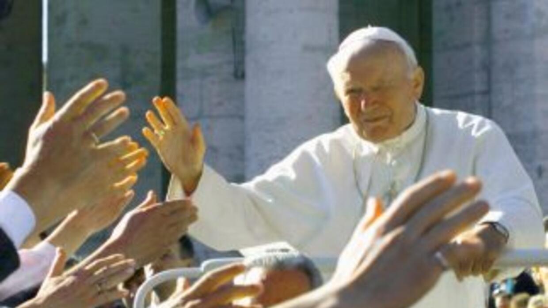 El 2 de abril de 2005 se terminó de escribir la historia y el pontificad...